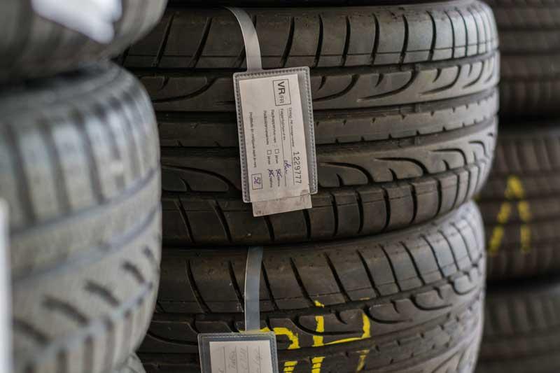 Bosch Car Reifen und Bremsen-Service